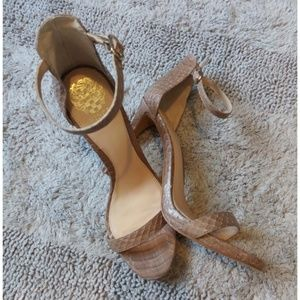 NEW! Vince Camuto Frenchie Heel Sandal